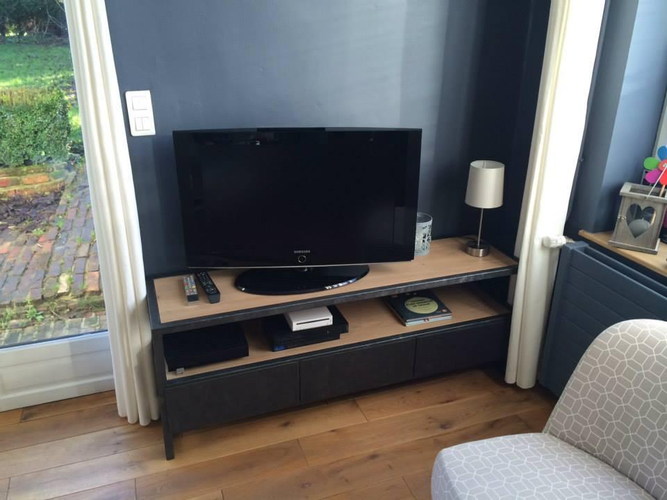 fabriquer meuble tv angle – Artzeincom -> Fabriquer Un Meuble Tv En Bois