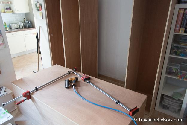 Assembler un caisson de placard