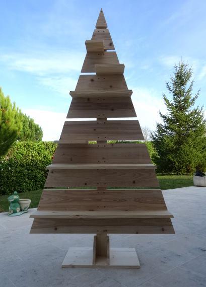 Sapin de Noël en bois de récupération